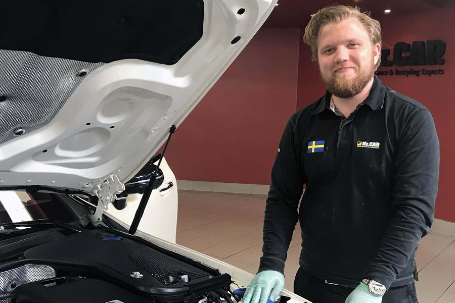 Daniel Dorsch, Bilförädlingstekniker på MrCAP Sthlm City